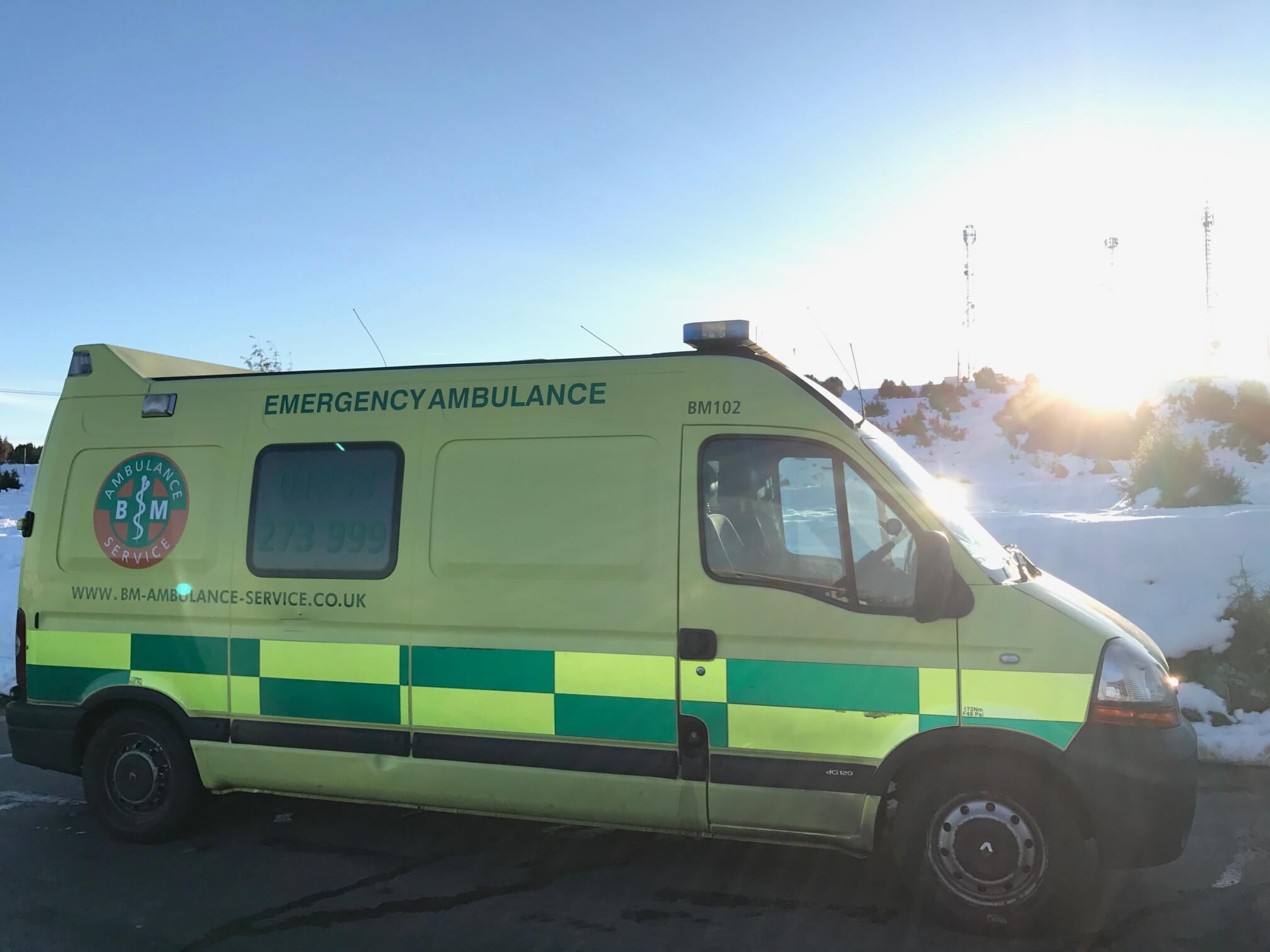 Ambulance Repatriation La Puebla de Valverde